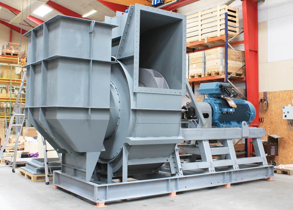 Stor ventilator til biomasseanlæg